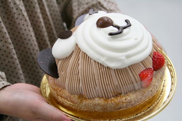 くまさんの顔のチョコレートケーキ